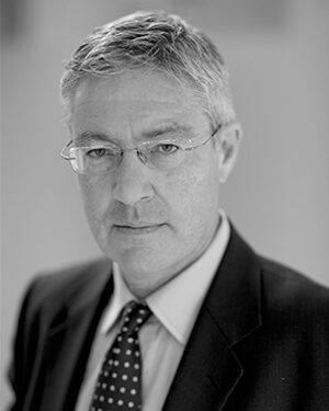 Peter Finnigan QC